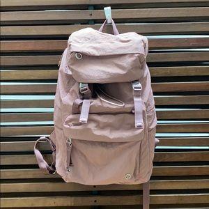 Lululemon on my level rucksack backpack rose